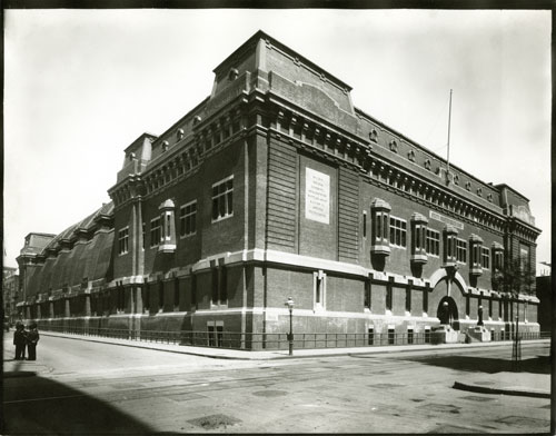 George P. Hall & Son Photographers (active 1875-1911), 69th Armory at Lexington and 25 Street, ca. 1906-11. Gelatin silver print from glass plate negative. New-York Historical Society