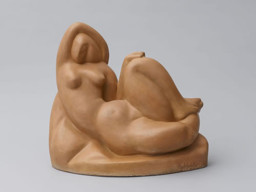 Alexander Archipenko (Ukranian-American, 1887–1964), Repose, 1911. Painted plaster, 13½ × 15¼ × 9¾ in. (34.3 × 38.7 × 24.8 cm). Frances Archipenko Gray Collection