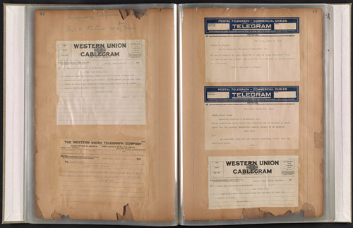 web-photo-Telegrams1